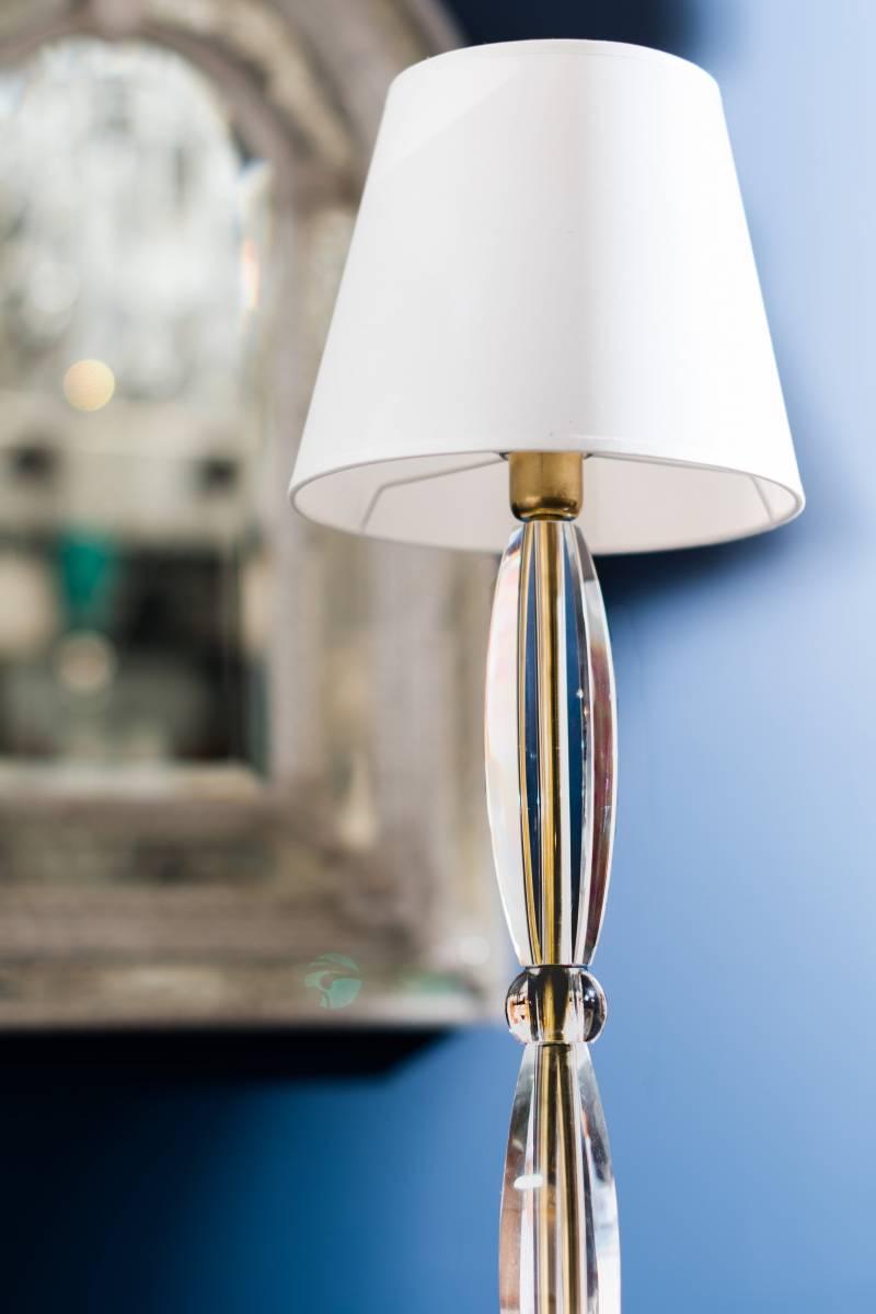 e86e60da2476be Lampe à poser en cristal de Bohème - Fabrication de luminaires ...