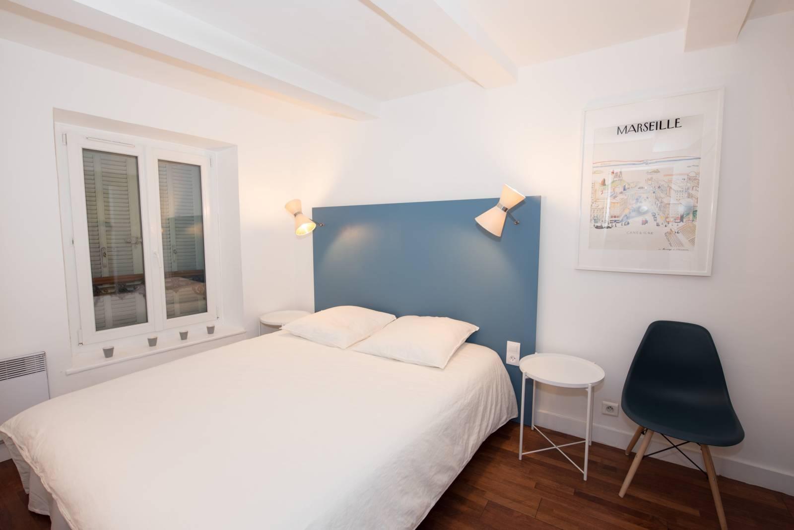 applique murale diabolo style ann e 50 sur mesure fabrication de luminaires contemporains. Black Bedroom Furniture Sets. Home Design Ideas